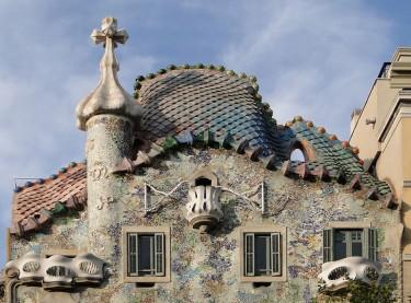 Kuća Bataljo u Barseloni, delo Antonija Gaudija. Nastala između 1904. i 1906. godine.